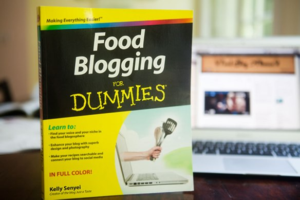 Food Blogging for Dummies book by Kelly Senyei